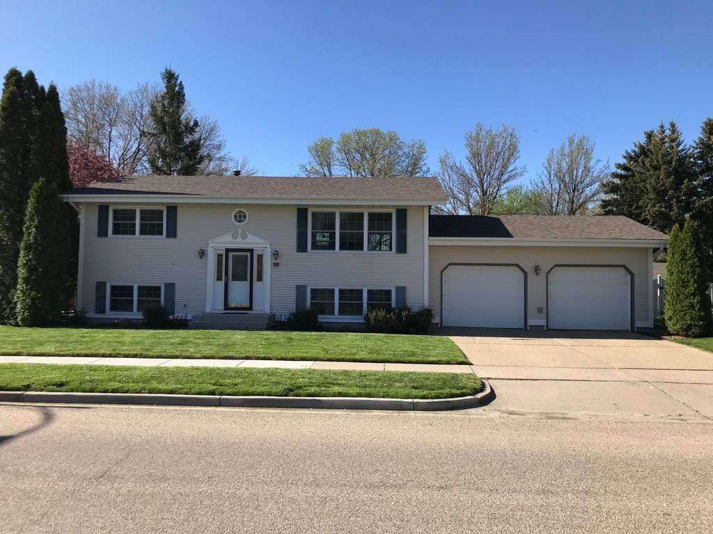 Houses For Sale Bismarck Nd