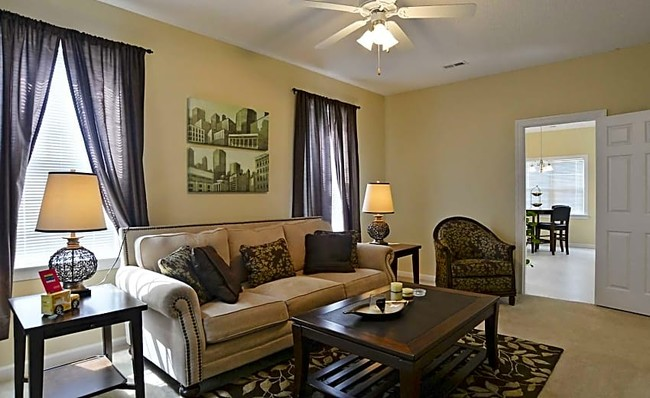 zillow homes for rent that take section 8 lithonia ga